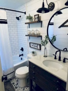 Amazing Small Apartment Bathroom Decoration You Can Try03