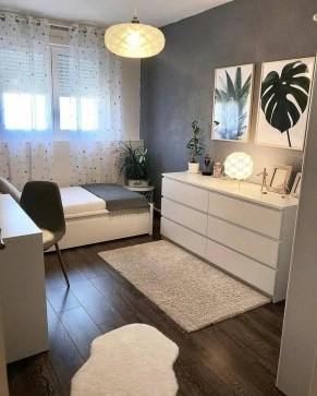 Amazing Small Apartment Bedroom Decoration Ideas17