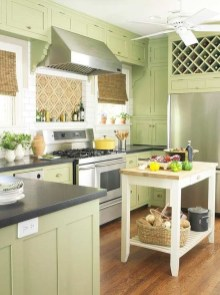 Beautiful And Cozy Green Kitchen Ideas20