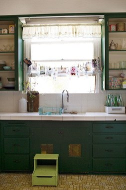Beautiful And Cozy Green Kitchen Ideas26