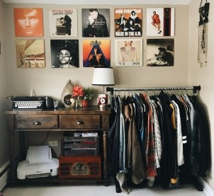Efficient Dorm Room Organization Ideas04