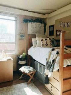 Efficient Dorm Room Organization Ideas14