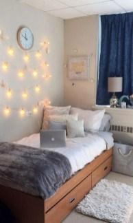 Efficient Dorm Room Organization Ideas37