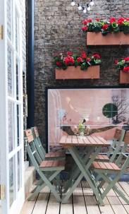 Elegant And Cozy Balcony Ideas13