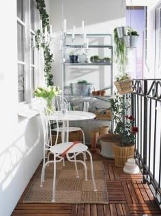 Elegant And Cozy Balcony Ideas50