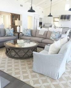 Elegant And Cozy Home Desain Ideas14