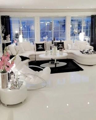 Elegant And Cozy Home Desain Ideas34