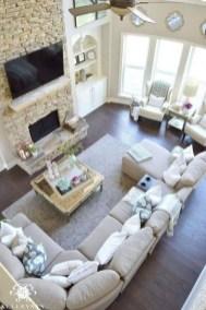 Elegant And Cozy Home Desain Ideas38