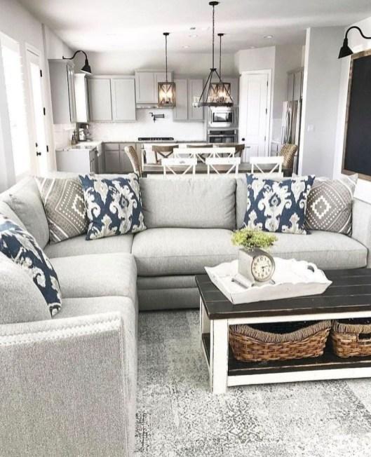 Elegant And Cozy Home Desain Ideas43
