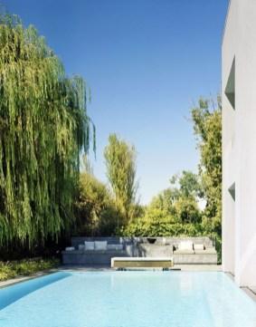 Luxury And Elegant Backyard Pool44