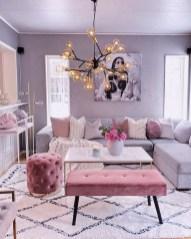 Luxury And Elegant Living Room Design26