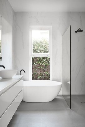 Minimalist Modern Bathroom Designs For Your Home07