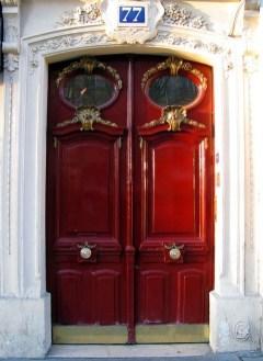 Unique And Elegant Door Decoration Ideas01