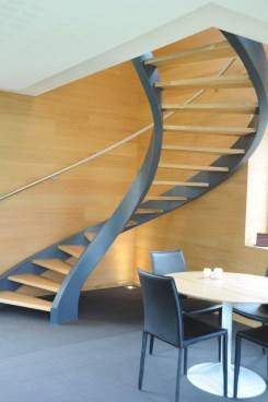 Awesome Flying Stairs Ideas15
