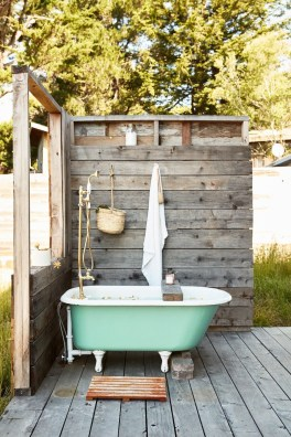 Awesome Outdoor Bathroom Ideas21