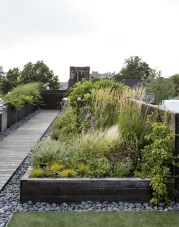 Awesome Rooftop Garden Ideas05
