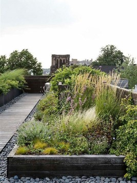Awesome Rooftop Garden Ideas23