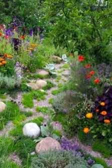 Fresh Ideas Frontyard Garden02