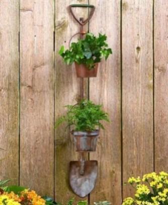 Fresh Ideas Frontyard Garden40