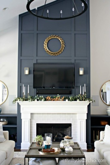 Luxury Family Room Fireplace Ideas18