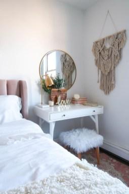 Luxury And Elegant Apartment Bed Room Ideas08