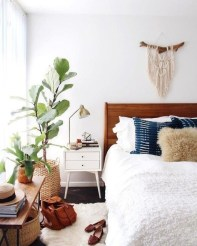 Luxury And Elegant Apartment Bed Room Ideas11