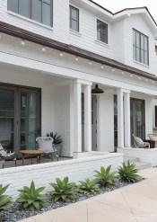 Modern Beach House Ideas11