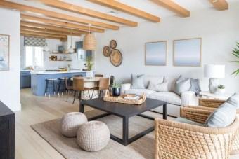 Modern Beach House Ideas19