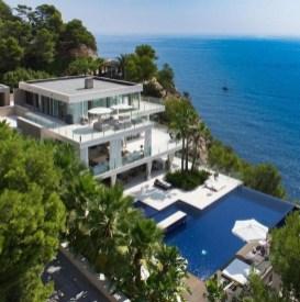 Modern Beach House Ideas27