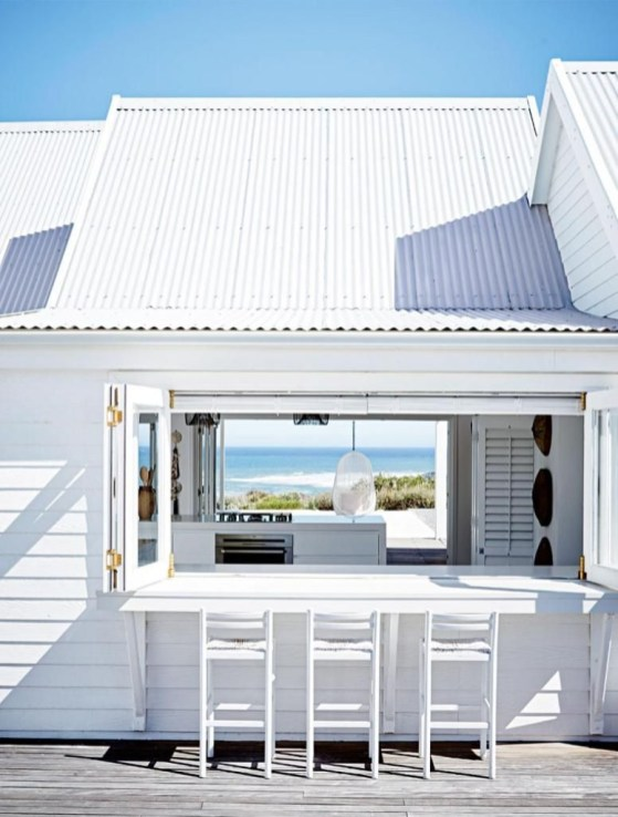 Modern Beach House Ideas35