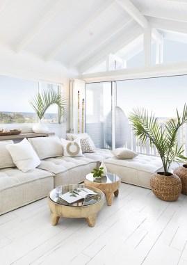 Modern Beach House Ideas38