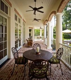 Traditional Porch Decoration Ideas05