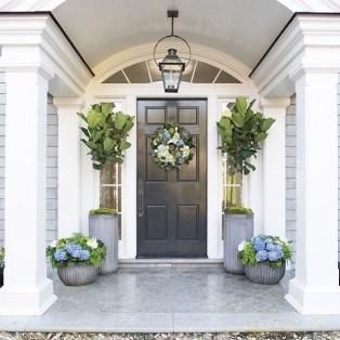 Traditional Porch Decoration Ideas38