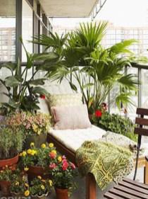 Cozy And Beautiful Green Balcony Ideas03