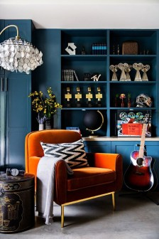 Cozy And Luxury Blue Living Room Ideas06