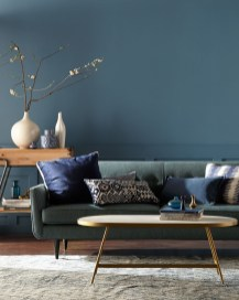 Cozy And Luxury Blue Living Room Ideas12