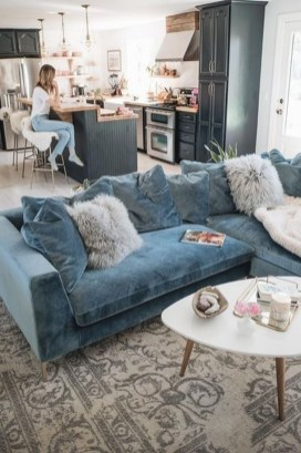Cozy And Luxury Blue Living Room Ideas18