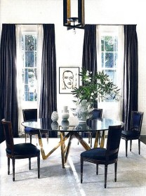 Luxurious Black And Gold Dining Room Ideas For Inspiration29