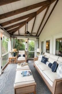 Luxury And Elegant Porch Design40