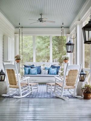 Luxury And Elegant Porch Design42