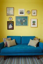 Extraordinary Yellow Living Room Ideas24