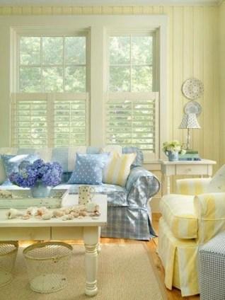 Extraordinary Yellow Living Room Ideas32