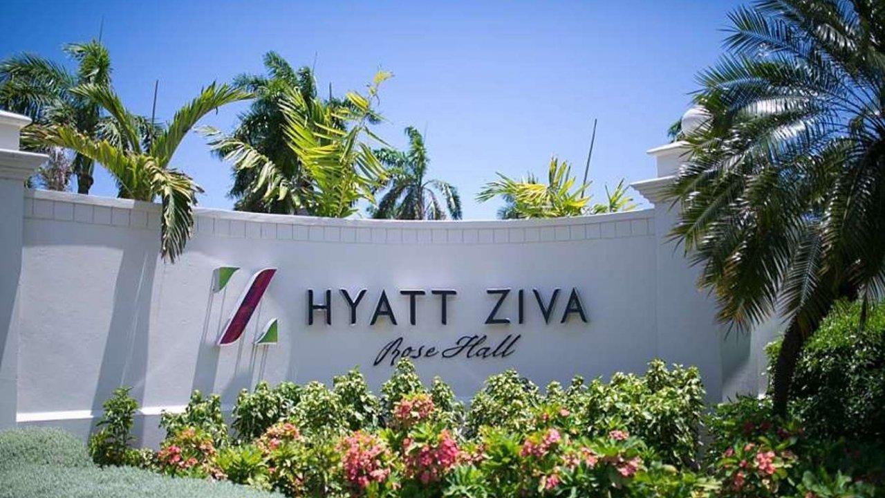 Hyatt-Ziva-Rose-Hall-Airport-Taxi-1