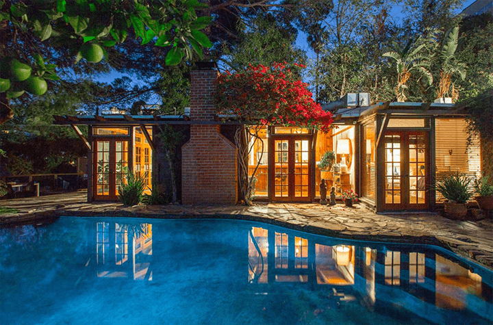 Secluded Hollywood Hills Cottage with Sparkling Pool and