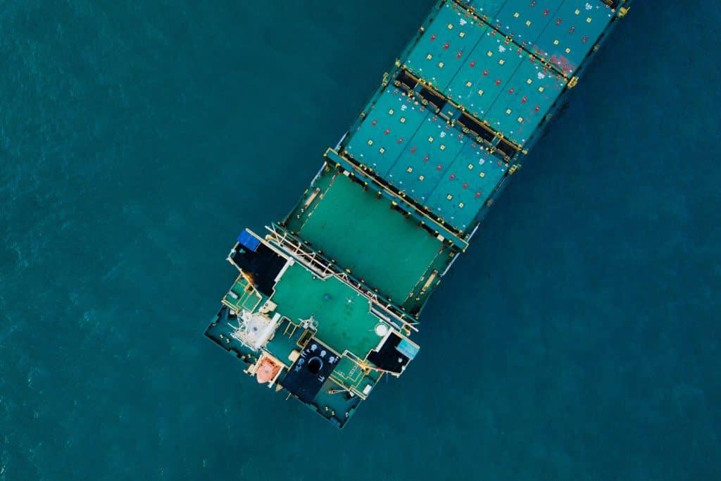 transporte-de-contenedores-maritimos-1