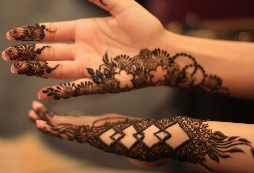 Mehndi Design Arabic Easy For Front Hand