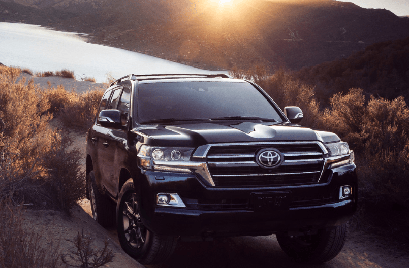 2021 Toyota Land Cruiser Pictures