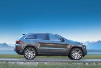 2022 Jeep Trackhawk Pictures