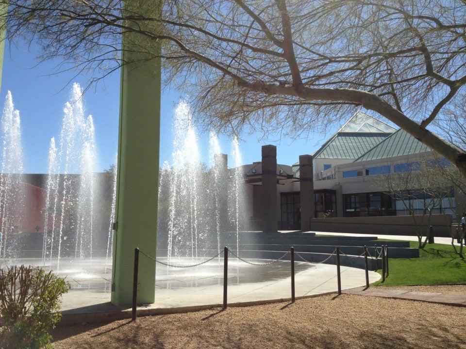 Arrowhead Towne Center, Glendale