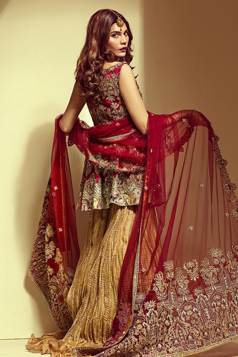 Designer Bridal Mehendi Outfit